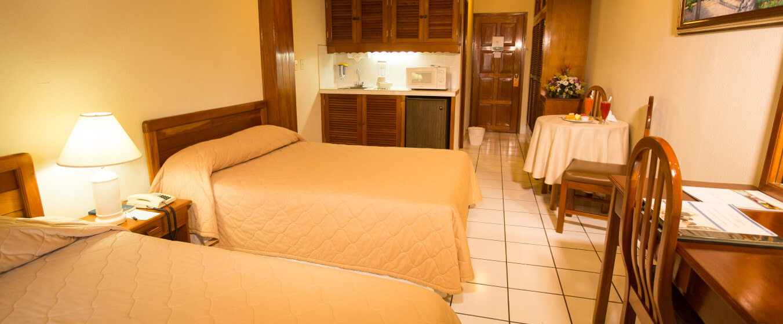 Habitaci n doble hotel mansi n teodolinda for Habitacion doble